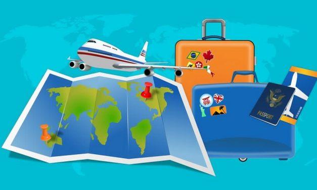 Préparer une valise d'expatriation : la liste des indispensables pour l'enfant